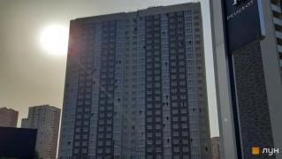 Продаю нежитлове приміщення на першому поверсі в ЖК «Ревуцький», Київ